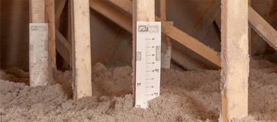 Roof space and attic insulation with cellulose, thermal insulation